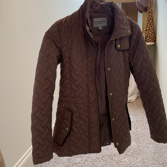 COLE HAAN WOMENS QUILTED JACKET!